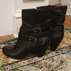 Black Arturo Chiang booties- size 9